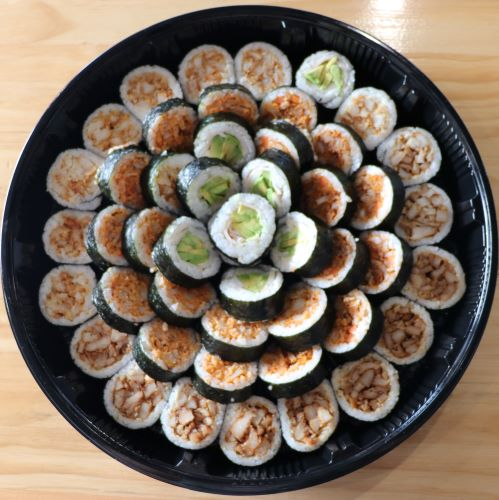 chicken sushi platter in kobesushi